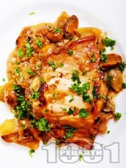 Задушено заешко месо с чесън, гъби и сос от бяло вино на фурна - снимка на рецептата